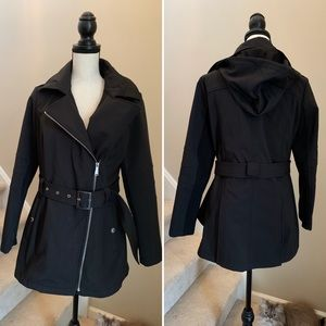 🌻BCBG Coat